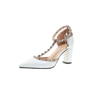 Large size pointed toe flat heel women's shoes with rivet decoration high heels JX0424 2185