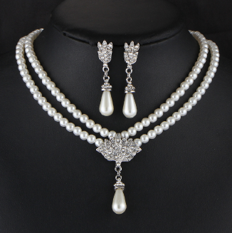 HN Brand-2 pcs New Imitation pearl crystal diamond short clavicle neck necklace set earring temperament  luxurious inlaid diamond woven pearl necklace with clavicle chain Necklace For Women Lady Girl Gift