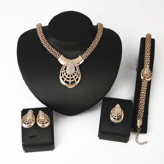 Fashion 4pcs/set Ladies Fashion 18K Gold Plated Hollow Out Jewelry Four Piece Suit Diamonds Necklace Earrings Ring Bracelet Jewelry Set - Gold