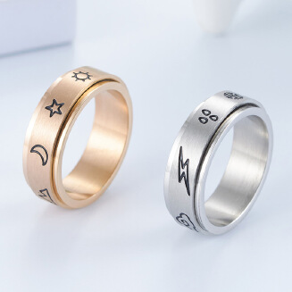 Lovers ring sun, moon, rain and snow can turn the ring artistic fan lovers ring