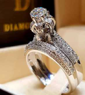 No.29 Hot Sale Couple Ring Engagement Ring Banquet Jewellery Diamond Ring Platinum Shiny