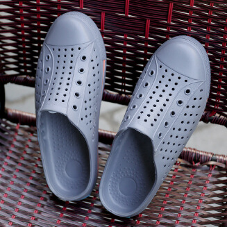 Summer new fashion trend hole shoes soft bottom outdoor hollow sandals